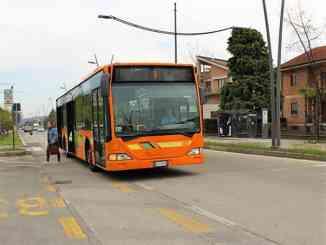 Alba: variazioni bus 1 e 4 per senso unico su un tratto di corso Canale