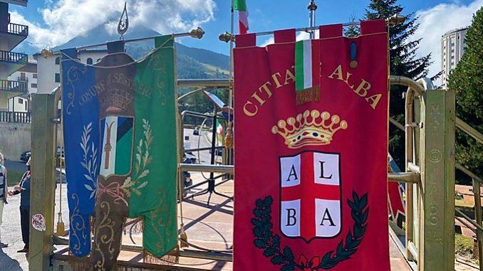 Alba presente alla cerimonia per il 77° anniversario della Battaglia del Sestriere e del 75° anniversario della Repubblica, al Colle del Sestriere 1