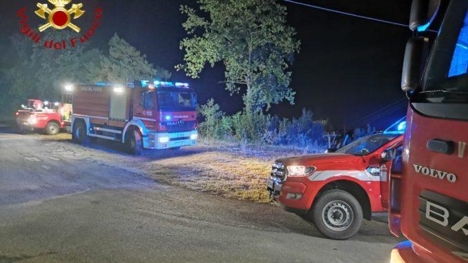 Incendio sterpaglie a Loazzolo, nella Langa astigitiene impegnati a lungo i vigili del fuoco di Asti e Canelli