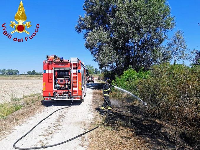 Incendio sterpaglie domato in località Boana nell'astigiano
