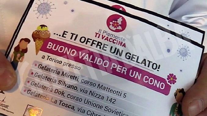 Vaccini 'dolci' a Torino, ai giovani buono gelato dopo dose