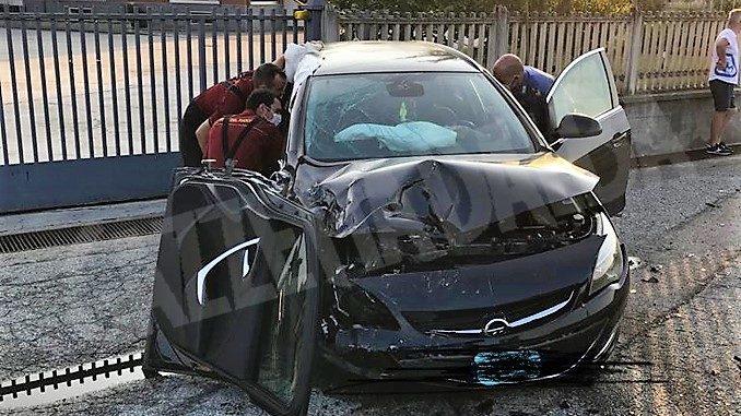 Scontro tra due auto a Pocapaglia, i conducenti affidati alle cure mediche del 118 1