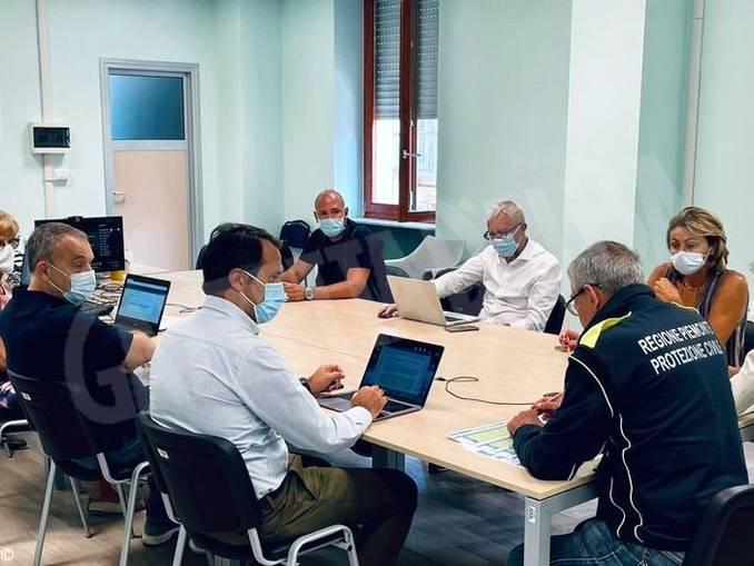 riunione-unita-crisi