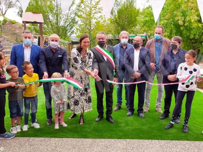 A Barbaresco inaugurato il parco giochi intitolato a Renato Vacca 1