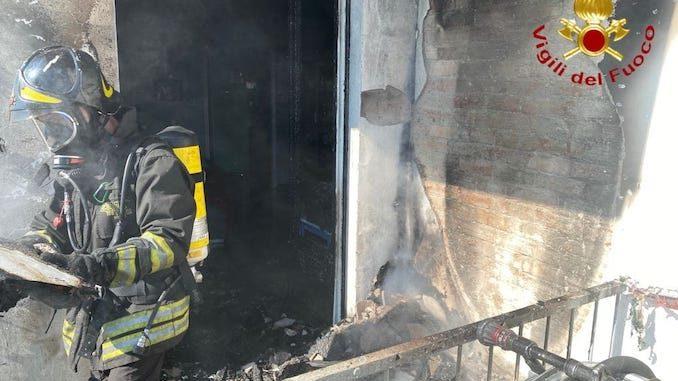 Nizza Monferrato: incendio in un appartamento, evacuate quattro persone