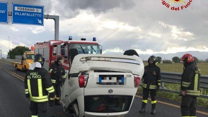 Una serie di incidenti stradali, domenica pomeriggio, in provincia di Cuneo