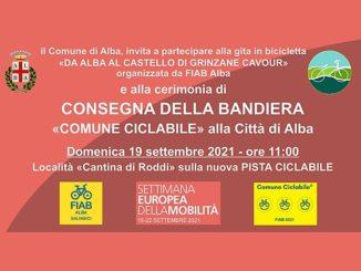 """Alba: cerimonia di consegna della bandiera """"Comune Ciclabile"""" ed escursione in bici da Alba al castello di Grinzane per la Settimana Europea della Mobilità Sostenibile"""