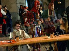 La cena medievale in piazza Duomo per gli Igers 5