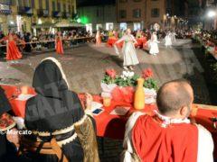 La cena medievale in piazza Duomo per gli Igers 22