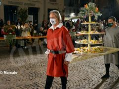 La cena medievale in piazza Duomo per gli Igers 34