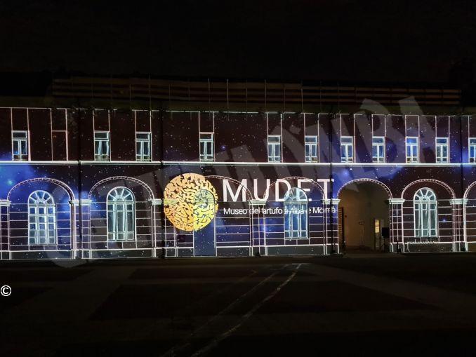 Un'installazione luminosa celebra il progetto del Museo del tartufo di Alba e Montà 1