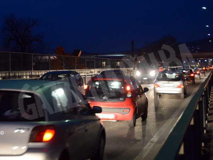 alba-traffico-ponte-tanaro