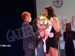 La bela trifolera del 2021 è la diciannovenne Clara Tenino 8