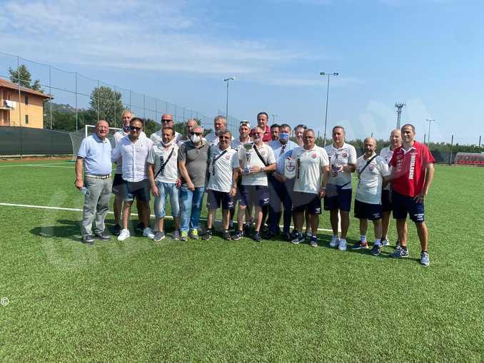 Calcio, torneo dei veterani: RoerLanghe batte Vercelli, Casale e Vigevano