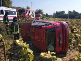 Frontale fra due auto alle porte di Asti: un ferito ospedalizzato