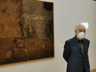 Presentata alla stampa la mostra dedicata dalla Fondazione Ferrero all'artista Alberto Burri