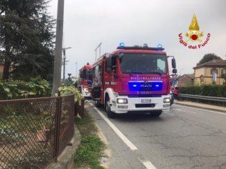 Fiamme in una cantina di via Guarene ad Alba: intervento dei pompieri