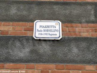 Divieto di sosta in piazzetta Paolo Borsellino nei week-end della Fiera del tartufo