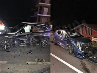Intervento dei Vigili del fuoco a Bra per grave incidente in via Cuneo: coinvolte due vetture